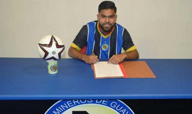Gómez se convirtió en la primera alta de Mineros | Foto: @MinerosGuayana