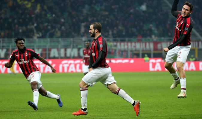 Higüain anotó tras 720 minutos sin marcar en Italia | Foto: EFE