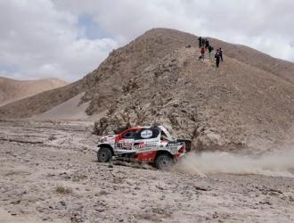 Nasser Al-Attiyah lidera la clasificación/ Foto AP