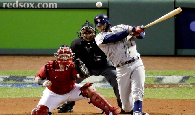 El boricua cobrará más del salario que le ofrecieron los Astros Foto: AP