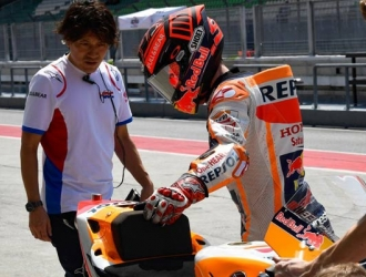 Márquez aún se recupera de su operación de hombro/ Foto motogp.com