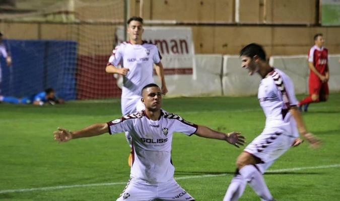 Medina acumula 10 goles en España | Foto: Cortesía