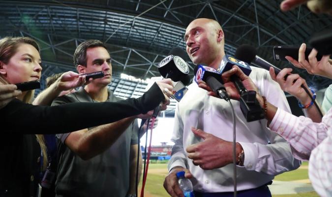 Jeter está conforme con que su compatriota pertenezca al Cooperstown de manera unánime Foto: AP