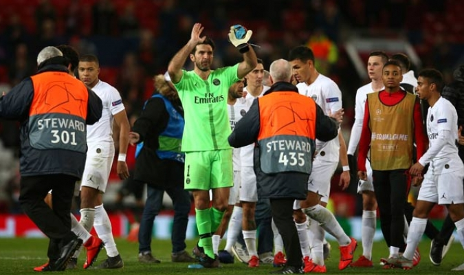 """El conjunto parisino pudo vencer de forma contundente al equipo de los """"Diablos Rojos""""/ Fotos AP"""