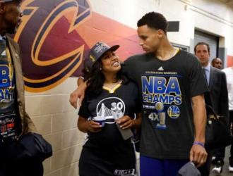Curry y Ayesha se conocieron a los 14 años || Foto: Referencial