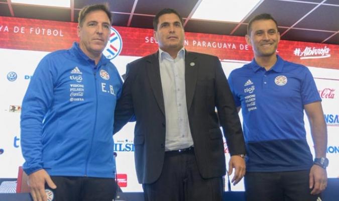El entrenador argentino fue anunciado oficialmente por parte de la Federación Paraguaya de Futbol