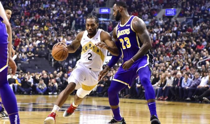Leonard superó a LeBron en el compromiso | Foto: AP