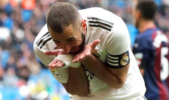 El delantero francés marcó un doblete ante el Eibar y le dio el triunfo (2-1) al Real Madrid
