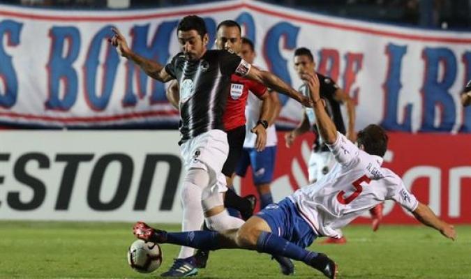 Zamora resbaló en Montevideo | Foto: EFE