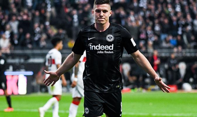 El serbio firmó con el Eintracht / Foto: Cortesía