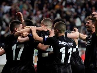 El Fráncfort se clasificó a semifinales | Foto: EFE