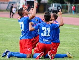 Ambos jugadores celebran los goles || Foto: Cortesía