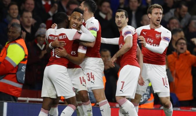 Arsenal picó adelante en la semifinal sobre Valencia | Foto: EFE