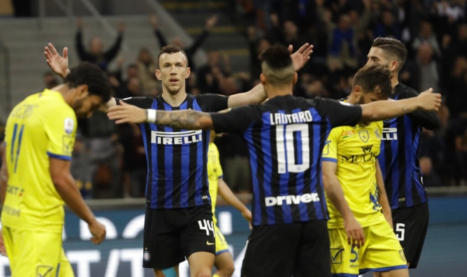 Inter se acerca a la Champions | Foto: AP