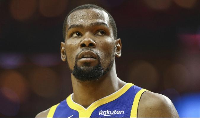Los Warriors podrían no contar con Durant para el Game 2 // Foto: Cortesía