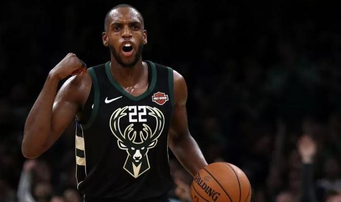 Middleton podría continuar en Milwaukee para la próxima temporada // Foto: Cortesía