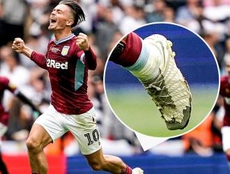 El mediocampista inglés jugó con botas rotas / Foto: Cortesía