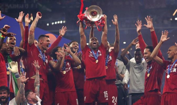 Ambos jugadores no continuarán en el Liverpool // Foto: AP