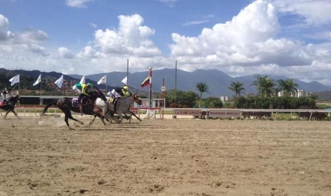 Resultados de las carreras en Coche // Foto: Cortesía