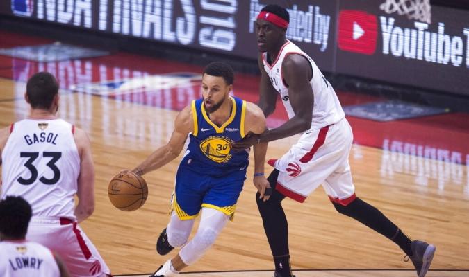 Curry y Thompson guiaron a Warriors | Foto: AP