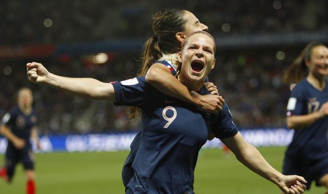 Francia gobierna el grupo A | Foto: AP