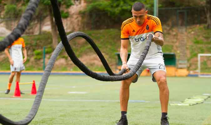 El paraguayo viene de jugar con Ríonegro Águilas en Colombia l Foto: Prensa Deportivo La Guaira