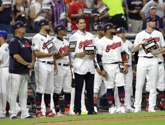 MLB detuvo el Juego de las Estrellas para motivar a Carlos Carrasco | Foto: AP