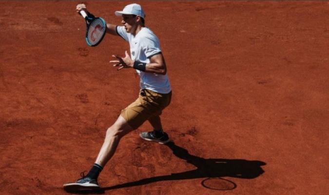Jarry consiguió su pase a la final de torneo de tenis //  Foto: Cortesía
