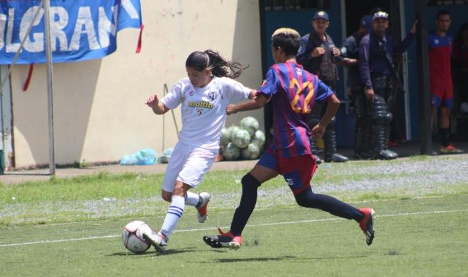 Flor de Patria y Estudiantes CSC salieron airosas en la ida de las semifinales | Foto: Prensa Femeni