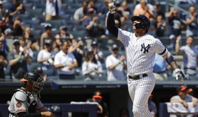Torres sigue conectando duro la pelota / Foto: AP