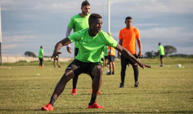 Edixon Mena entrenando / Foto: Zamora FC