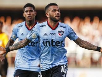 Alves jugó la temporada pasada en el PSG / Foto: Cortesía
