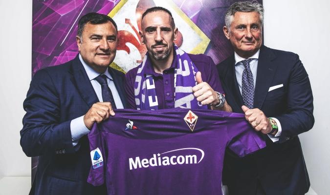 Ribery fue presentado en su nuevo club / Foto: Cortesía