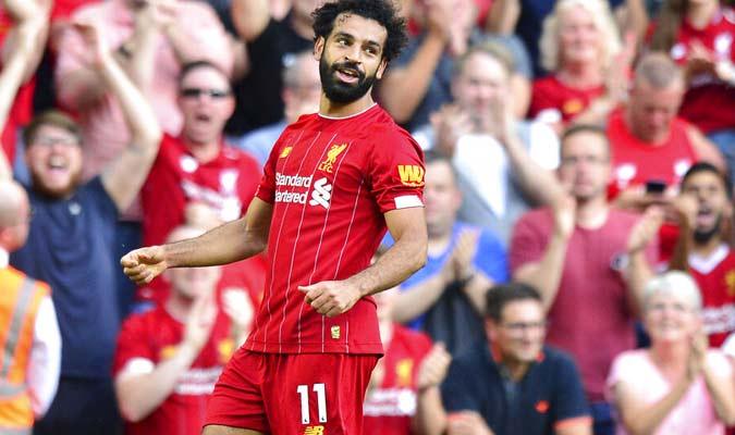 Salah celebra el triunfo de su equipo / Foto: AP