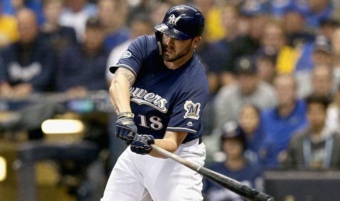 Moustakas rompió el empate con jonrón en el noveno inning / Foto: AP