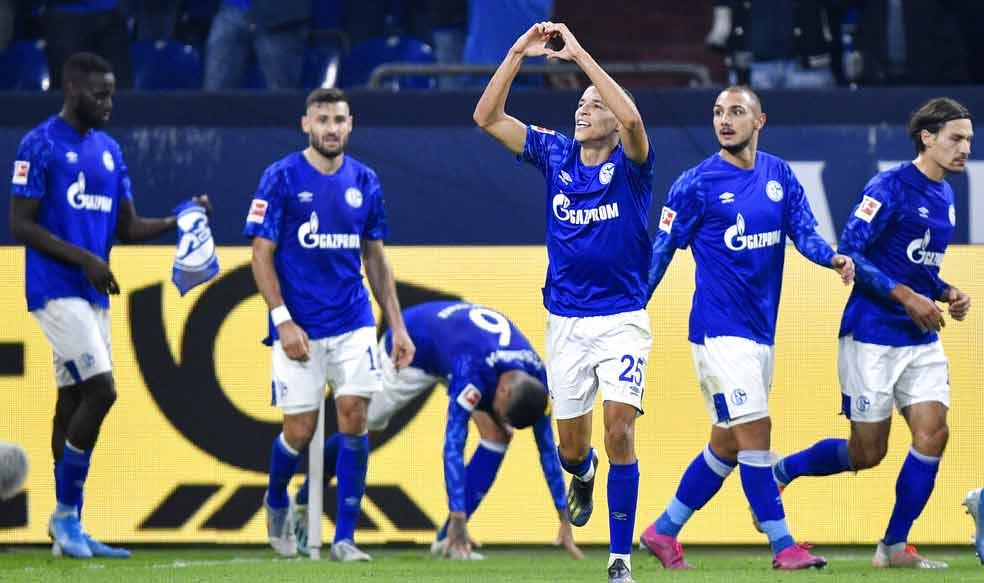 Amine Harit hace el gesto del corazón al festejar el segundo gol / Foto: AP