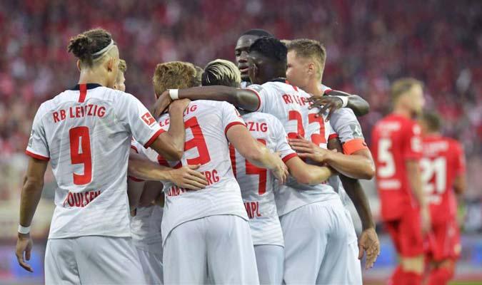 El Schalke se ubica en el quinto puesto de la tabla de posiciones l Foto: Cortesía