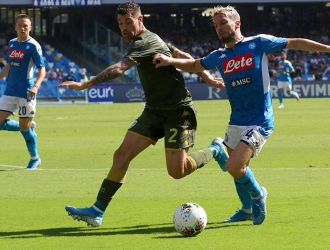 El Napoli se sobrepuso al gol de Balotelli / Foto: AP