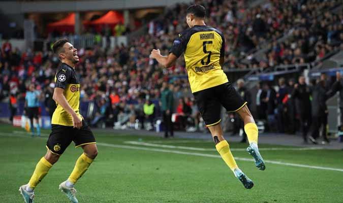 El defensor anotó su primer tanto en la competición / Foto: EFE