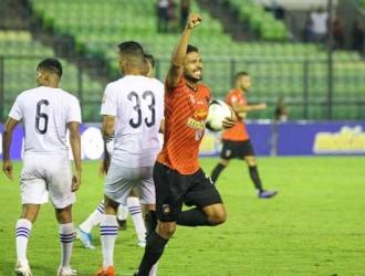 Arrieta colocó el 2-1 en el 45+2 / Foto: Caracas FC