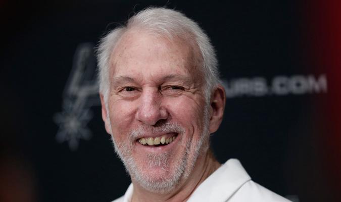 Popovich es el coach de los San Antonio Spurs / Foto: AP
