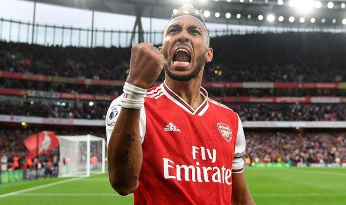 El gabonés anotó cinco tantos en septiembre/ Foto arsenal.com