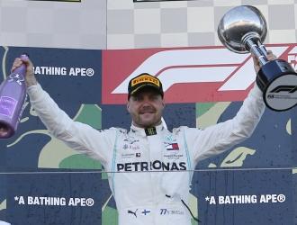Bottas se benefició de un error de Vettel en la salida / Foto: AP