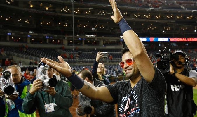 Parra animó a lo grande en la celebración/ Foto AP