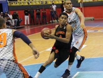 Bryant Durán destacó con 28 puntos / Foto: Raul Cedeño