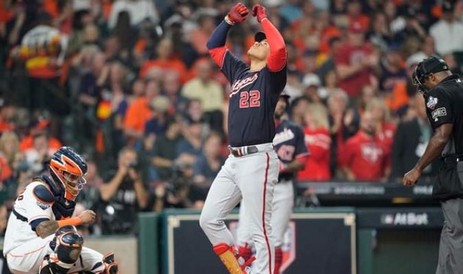 Soto fue el protagonista de una noche estupenda para los Nacionales/ Fotos AP