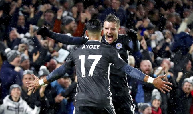 Ayoze y Vardy dan la victoria al Leicester / Foto: AP
