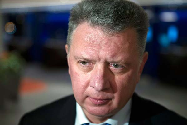 Dmitry Shlyakhtin anunció su decisión en una reunión de emergencia/ Foto: AP