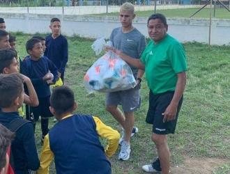 El venezolano compartió con los jóvenes || Foto: Cortesía