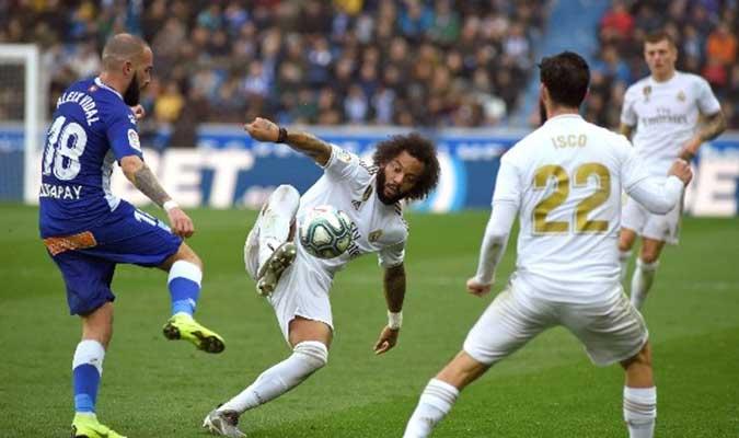 El lateral analizó el triunfo de su equipo sobre el Alavés l Foto: Cortesía